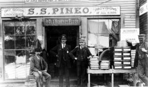 Milltown Pineo's Store 1915