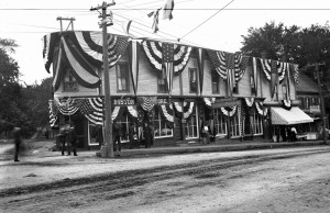 Boston Shoe Store corner Main and Monroe, early 1900's