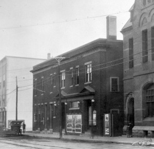 Queen Theatre, probably mid 20's
