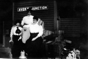 l2b Waiting for the train at Ayers Junction 1905 Boardman
